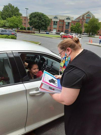 City Park fifth-graders enjoy final afternoon at school with drive-thru graduation