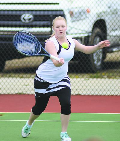 Terrell leads Lady Packers tennis team