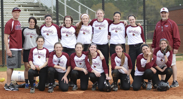 3-27.DE PERE SOFTBALL TEAM.jpg