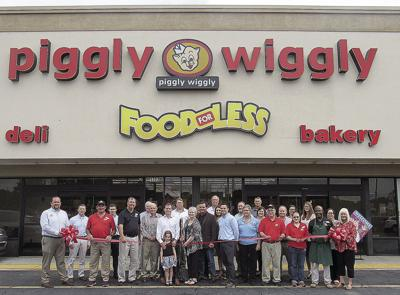 piggly wiggly holds ribbon cutting local news