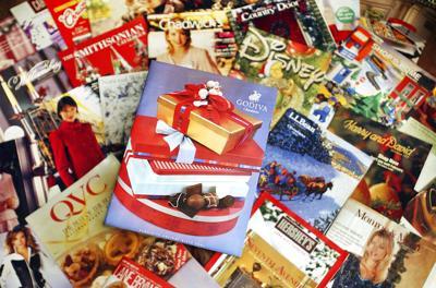 Holiday Retail-Catalogs