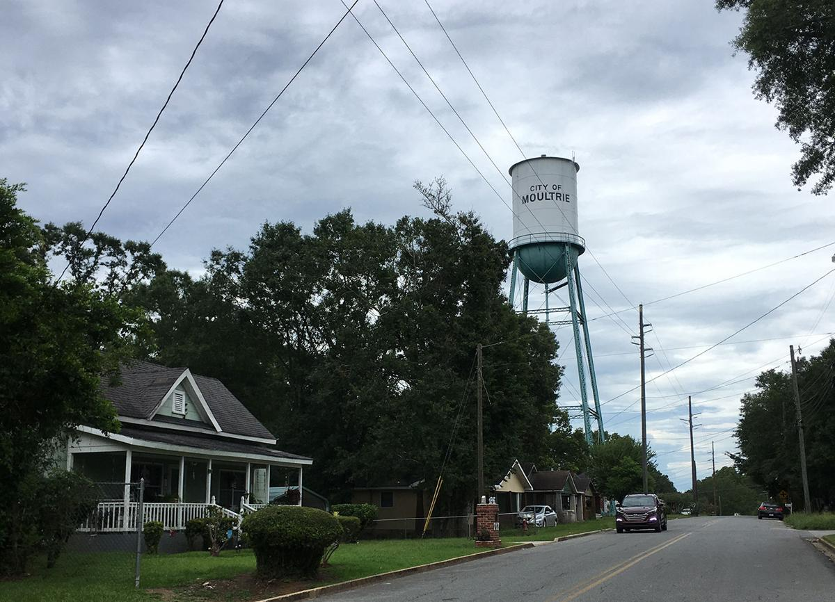 Moultrie water tower