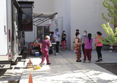 21-06-04 St Lukes mobil vaccine clinic 3.jpg