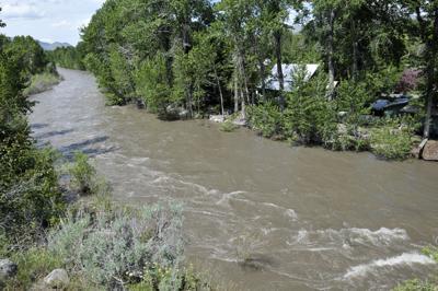 17-12-20 Bigwood River Flood 5 Roland.jpg