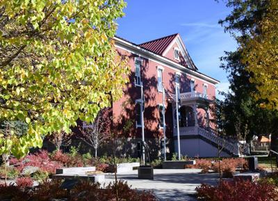 20-10-21 Blaine County Courthouse Old  1 Roland WF.jpg