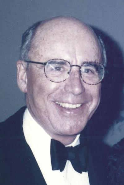OBIT W.Murray Campbell.jpg
