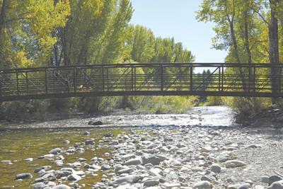 20-09-30 Lake Creek Bridge Biking 4 Roland C.jpg