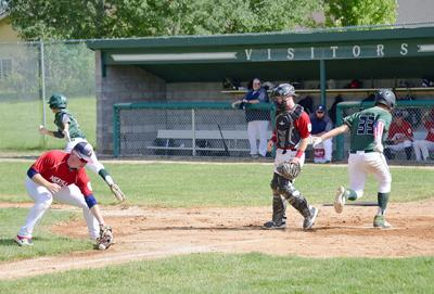 19-07-12 WR Baseball 3 Roland.jpg