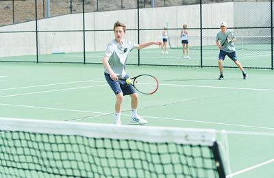 21-04-30 WR  tennis 8.jpg