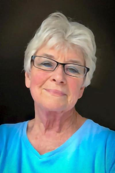 Carol Gwen Hijar