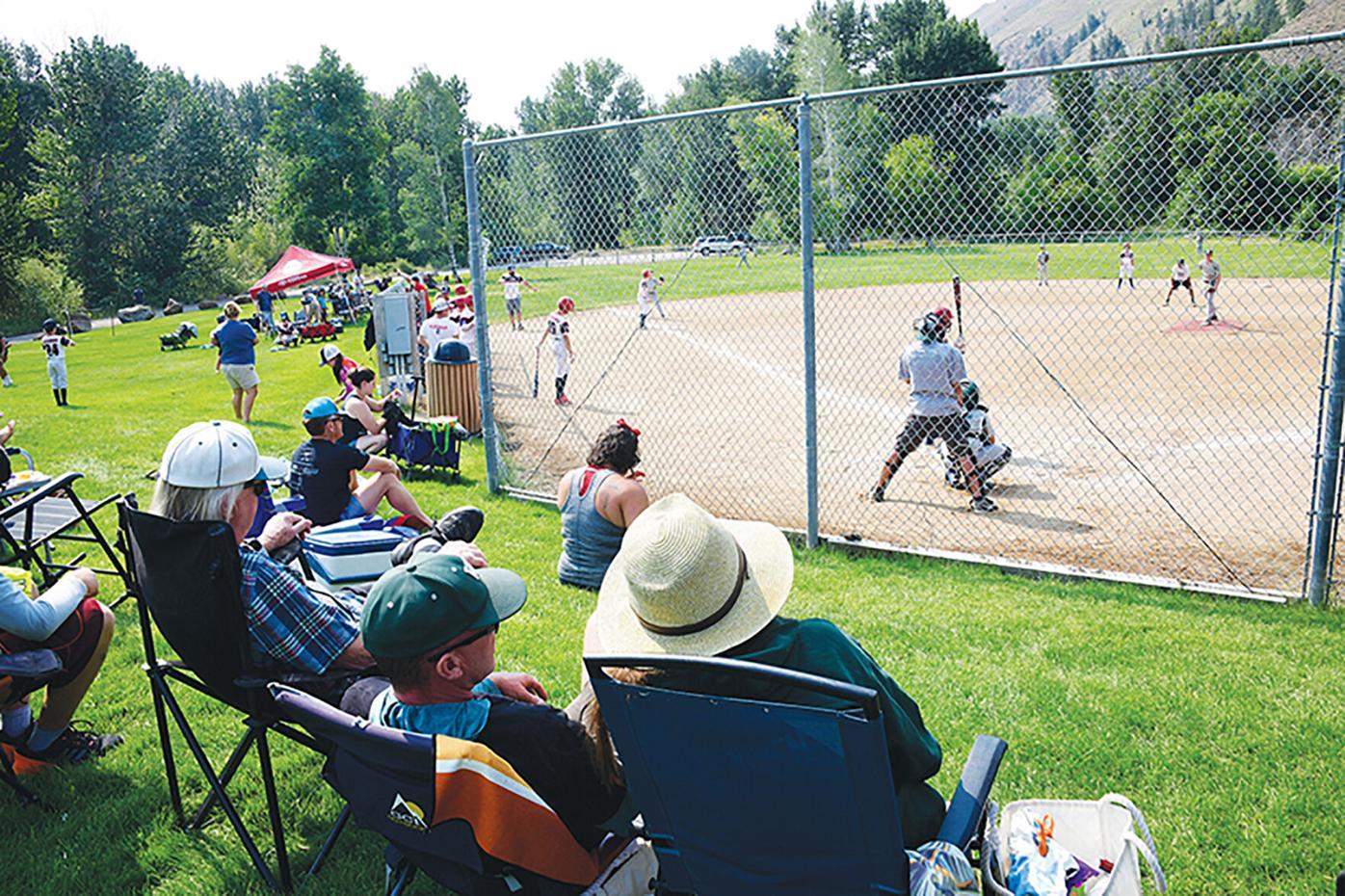 21-07-21 Ray Nelson Baseball Tournament 24 Roland.jpg