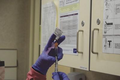 21-01-13 Vaccine_St Lukes@.JPG