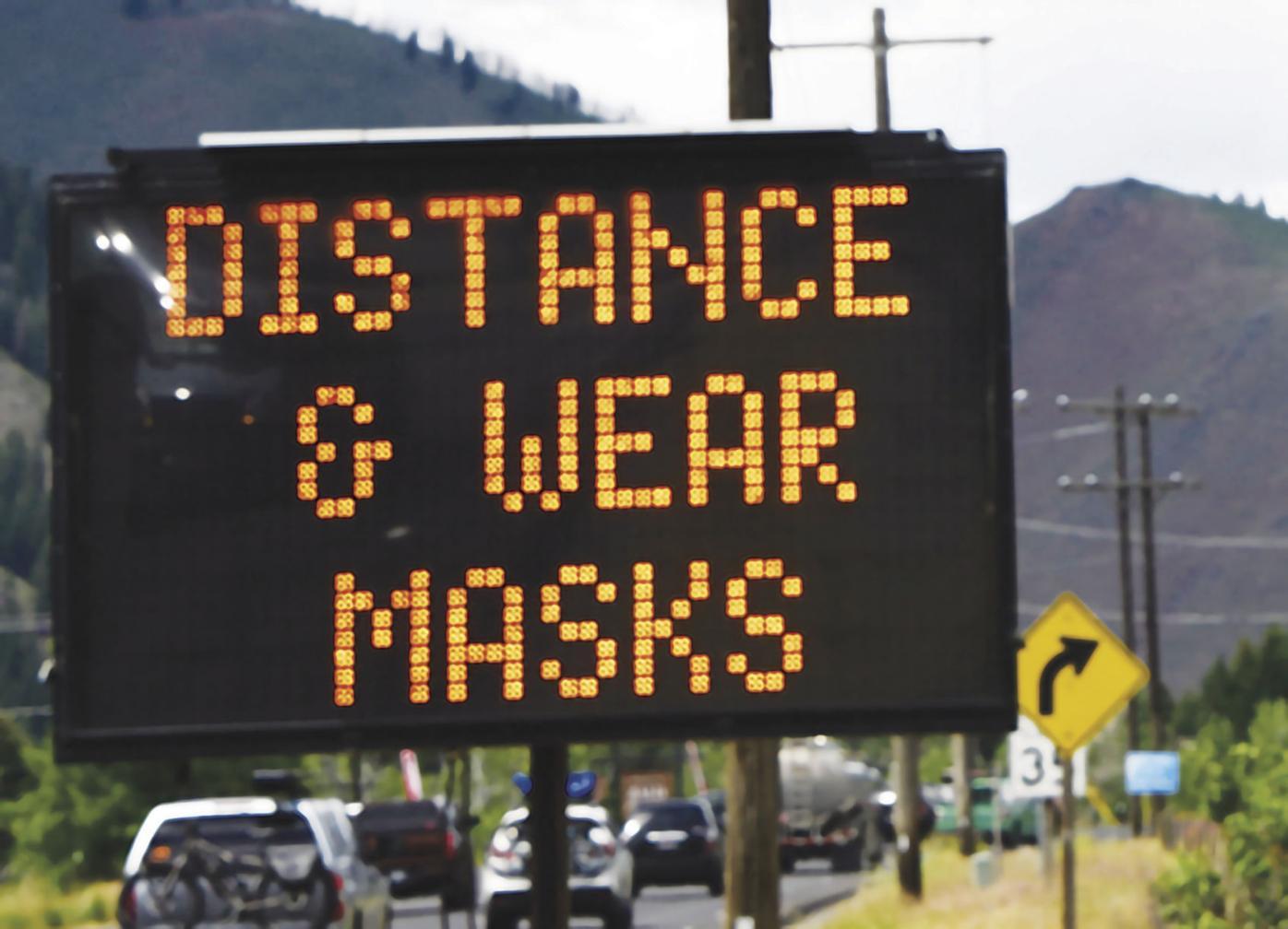 20-07-03 Social Distancing Mask sign 7 Roland WF.jpg