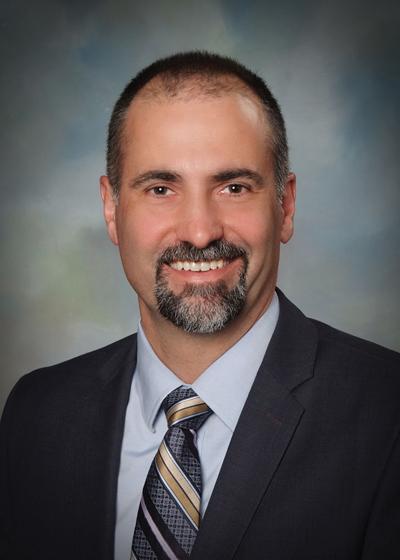 Dr. JAMES SOUZA