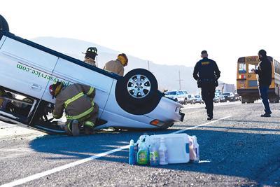 19-11-27 Car Crash 5 Roland C.jpg