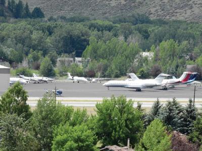20-07-08 Friedman Airport 2 Roland.jpg