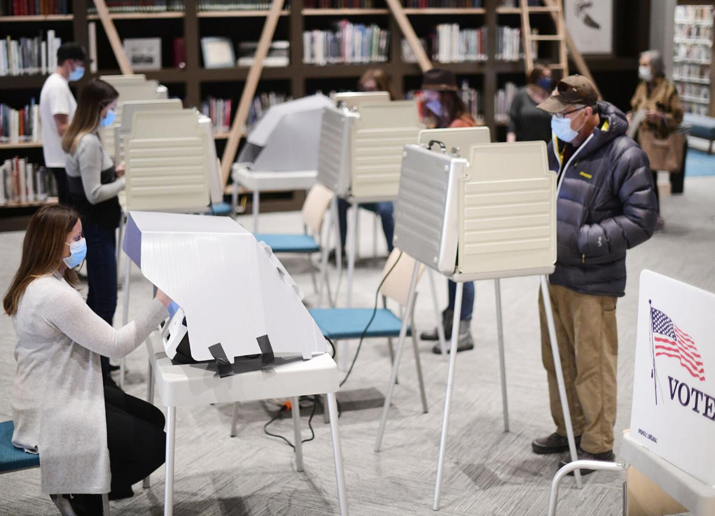 Voting, Community Library