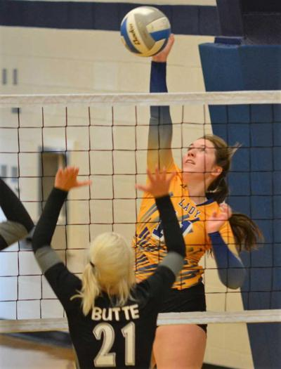 18-08-29 carey volleyball@