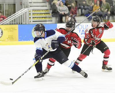 20-02-12 Sun Valley Suns Hockey 24 Roland.jpg