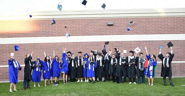21-06-09  Carey graduation 1 Roland.jpg