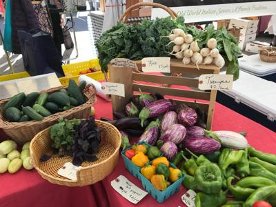 20-06-03 Farmers Markets produce