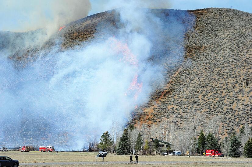 21-04-14 Indian Creek fire 1.jpg