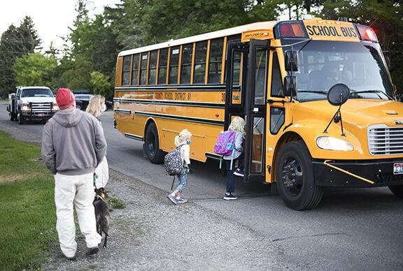 20-09-02 Blaine County School District Hailey First Day 1  Roland.jpg