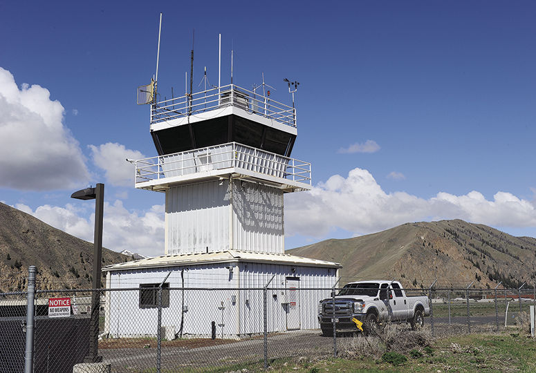 18-05-04 airport tower 1.jpg