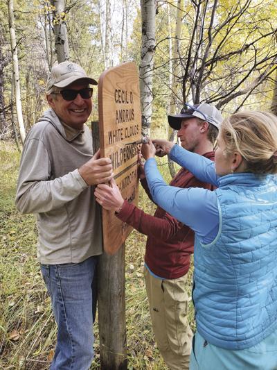 19-10-18 wilderness signs WF.jpg