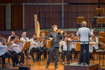 Joshua Bell by Nils Ribi