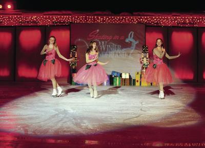 19-12-27 Sun Valley Ice Show 7 WF.jpg