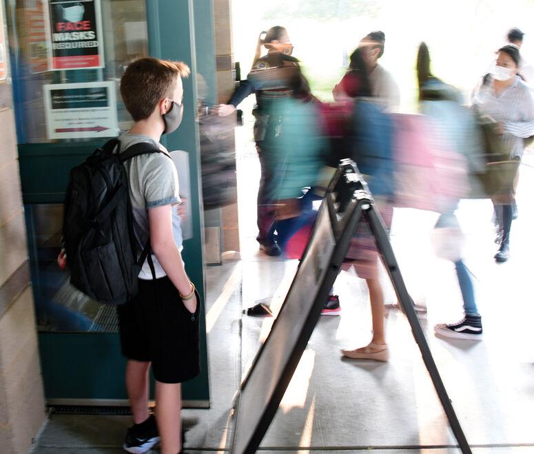 21-08-25-Blaine County School First Day 13 Roland.jpg