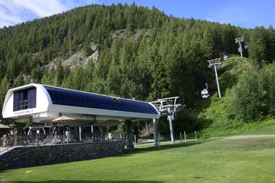 Summer, Roundhouse Gondola