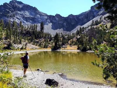 19-06-14 hiking tips.jpg