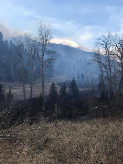 Small wildfire burns 70 acres