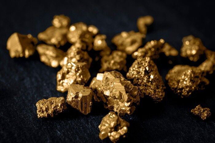 Is Now a Good Time to Start Investing in Gold and Other Alternative Assets?