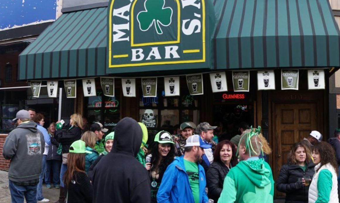 St. Patrick's Day 2018: Maloney's Bar