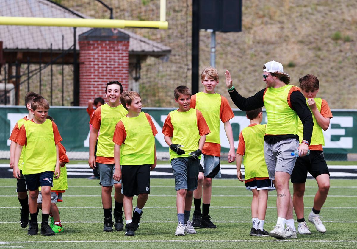 Orediggers host football camp for kids