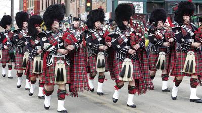 Perennial favorite, Edmonton bagpipers, back in Butte
