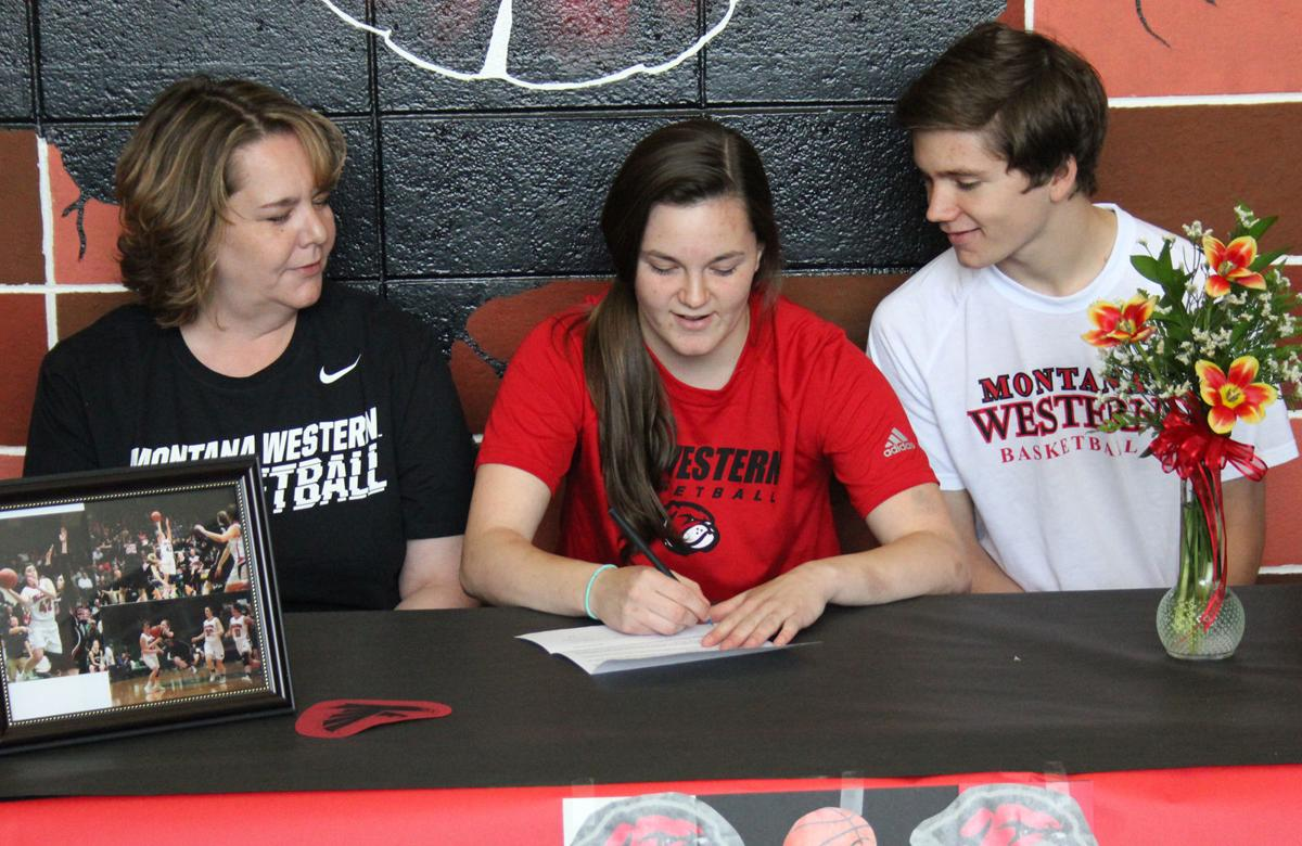 RaeAnne Bendon Signs With Western