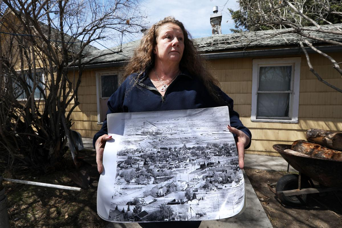 Williamsburg residents frustrated with cleanup process