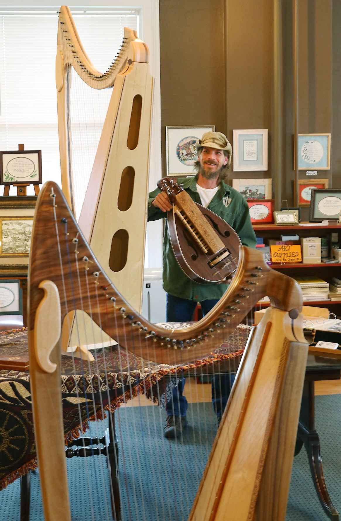 Craftsman's wooden harps double as notable art | Local