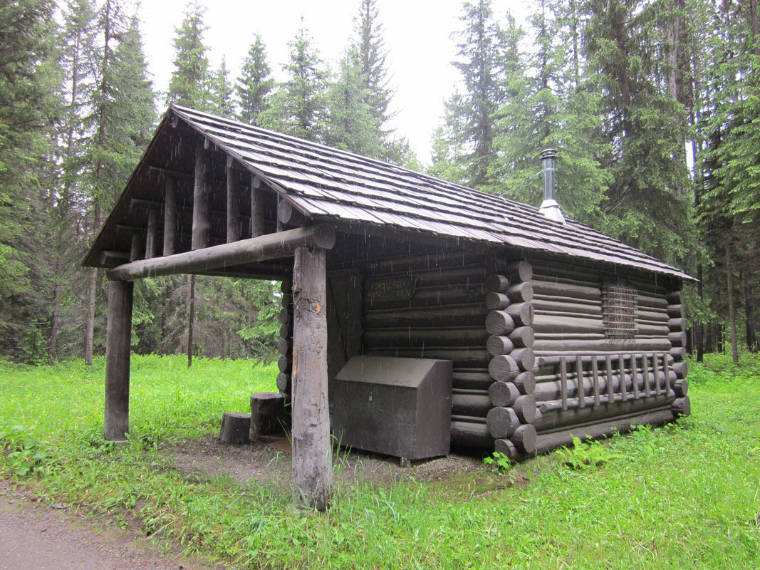 GNP Ford's Creek patrol cabin