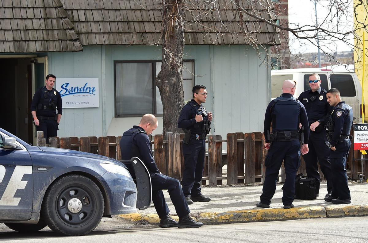 Police shooting apartment
