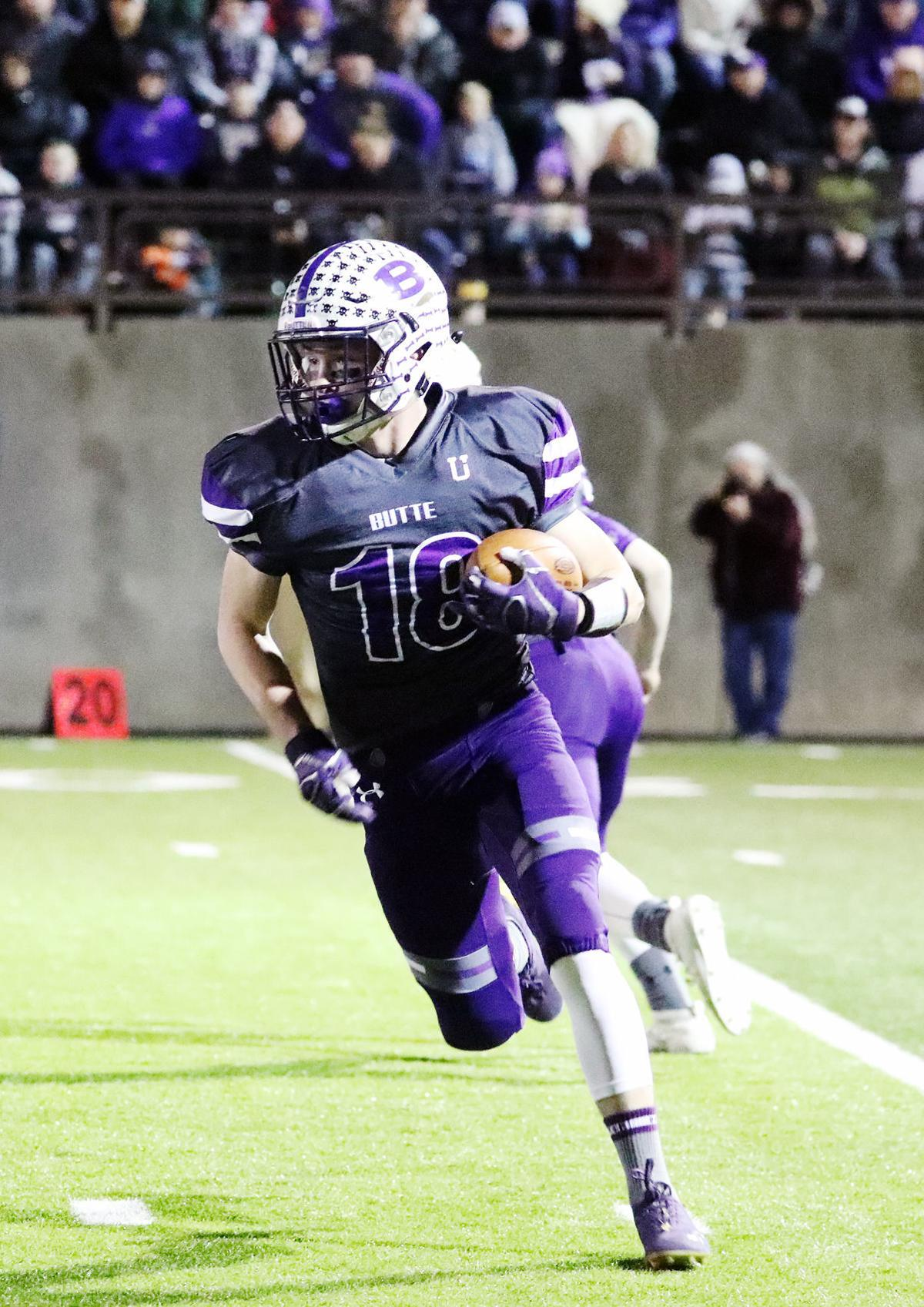 Butte Bulldogs roll through semifinals with a perfect season