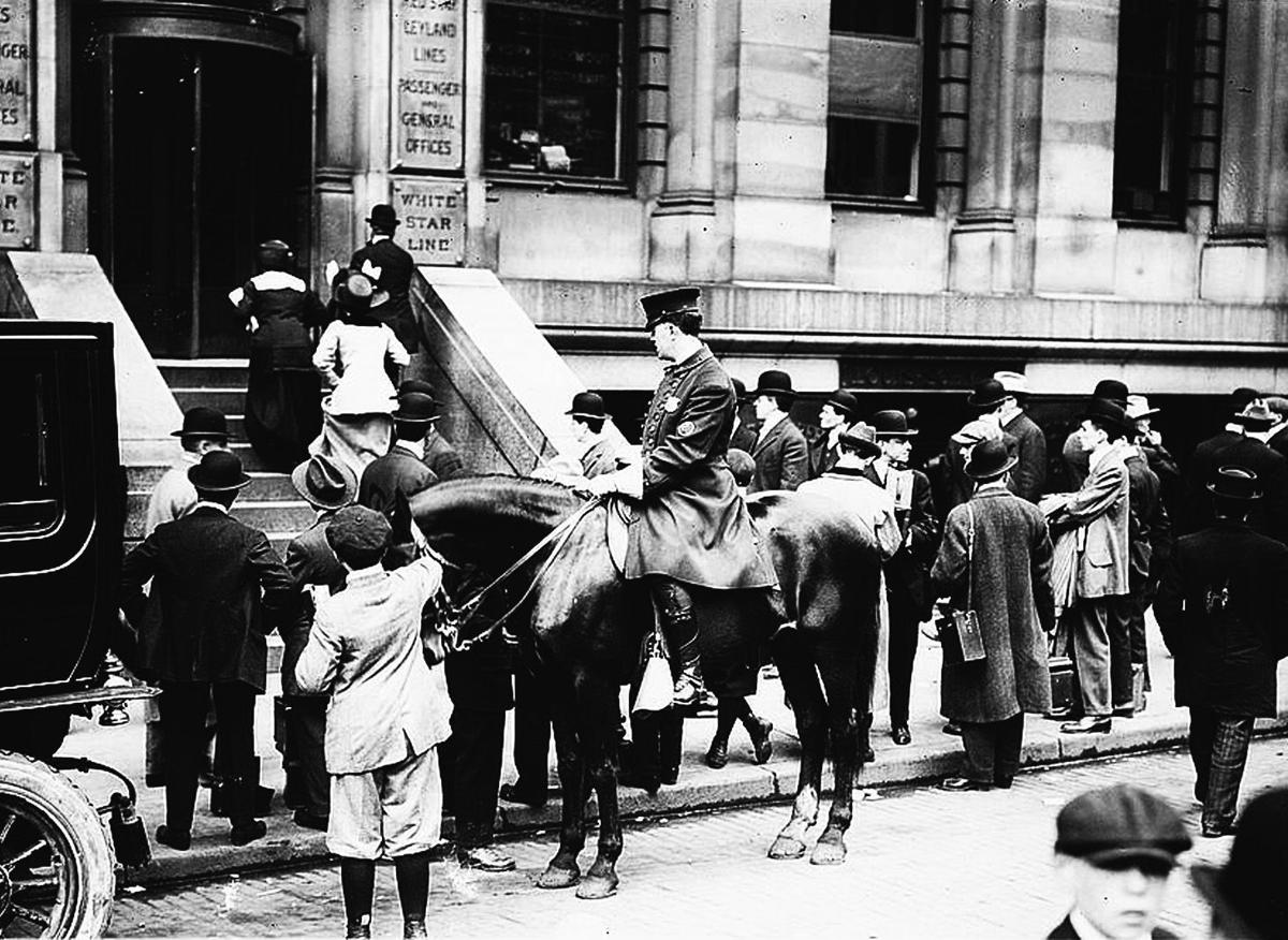 Crowd outside White Star Line office