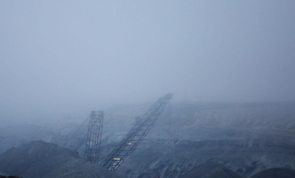 A year after layoffs, Wyoming coal country emerges resilient