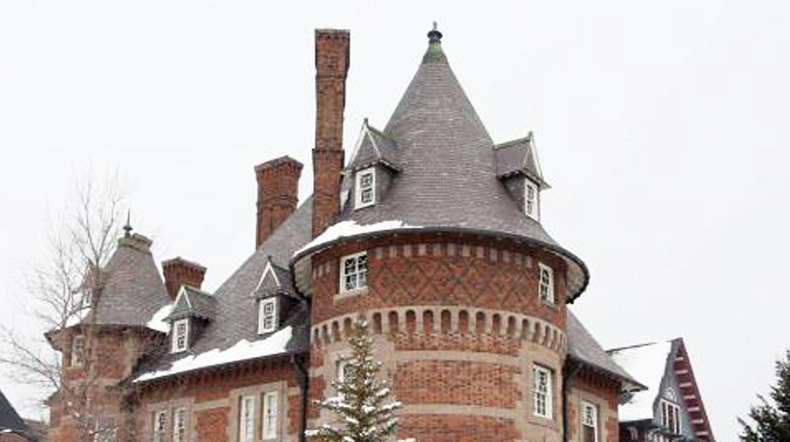 Clark Chateau