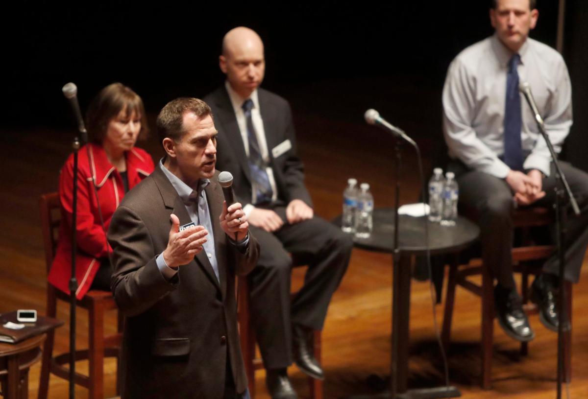 Democratic Congressional Debate