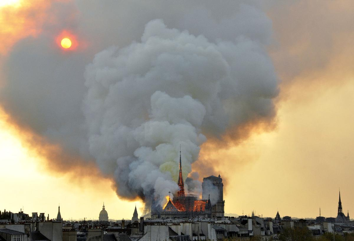 France Notre Dame Fire 1